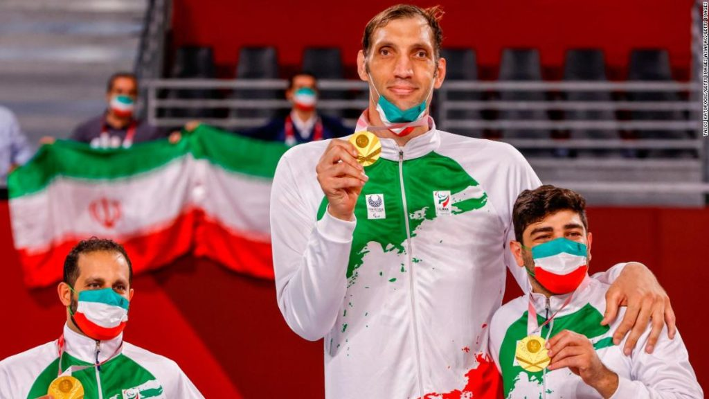 Morteza Mehrzadselakjani, the tallest Paralympian in history, helps Iran win sitting volleyball gold at the Tokyo Paralympics