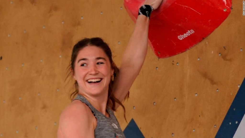 Johanna Farber: Climber receives apology after inappropriate images were aired