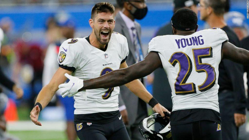 Justin Tucker: Ravens kicker sets NFL-record with monstrous 66-yard game-winning field goal