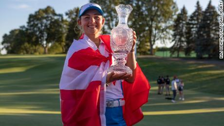 Pedersen poses with the trophy at the 2021 Solheim Cup.